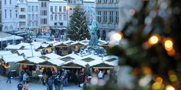 kerstmarkt op de Grote Markt