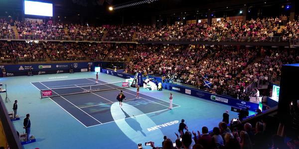 Overzichtsbeeld van een volgepakte Lotto Arena tijdens de finale van de European Open 2019