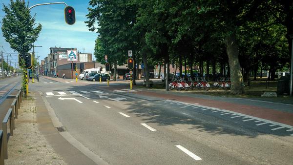 kruispunt Sint Bernardsesteenweg-Schoonselhoflei