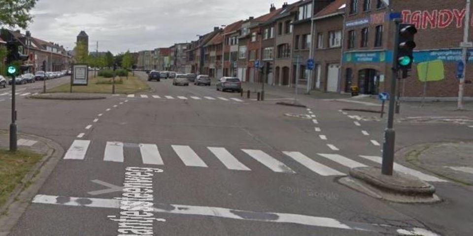 Kruispunt Laarsebaan - Maantjessteenweg
