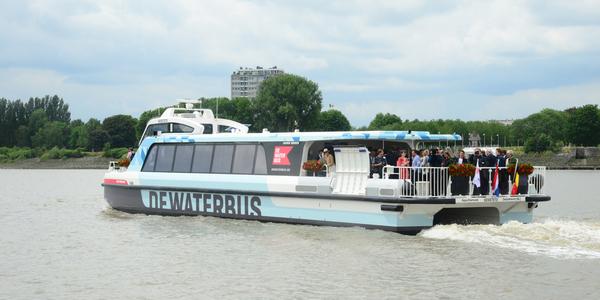DeWaterbus vaart vanaf maandag 18 februari over het Albertkanaal