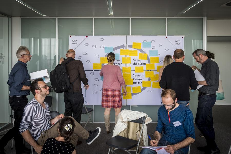 Sfeerbeeld van het stadsdebat rond participatie in kader van het vernieuwingstraject voor het s-RSA.