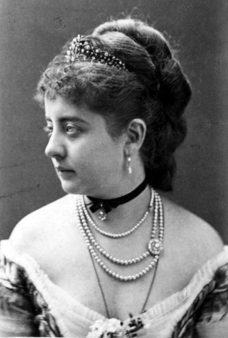 Marie Louise de da Ramée