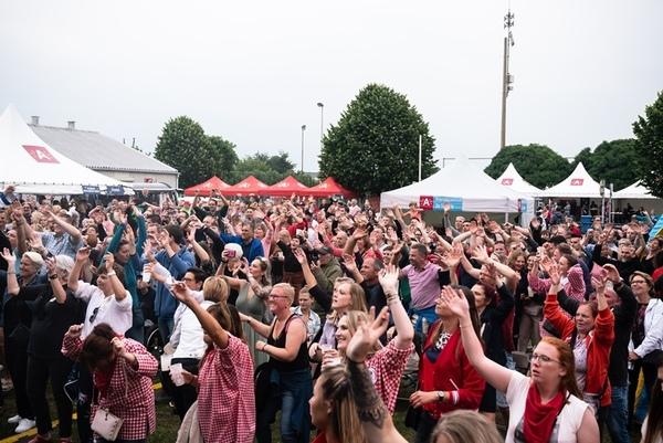 Enthousiaste bewoners tijdens 'Sterren van de Polder'