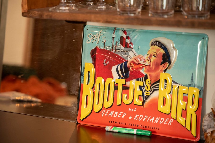 Metalen bord 'Bootje Bier'