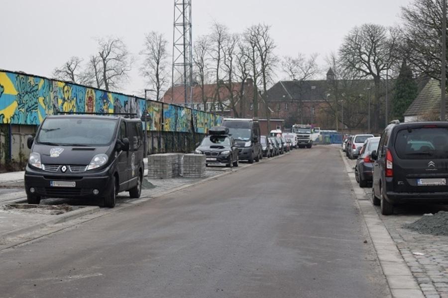 Rijbaan en parkeerplaatsen Terlindenhofstraat