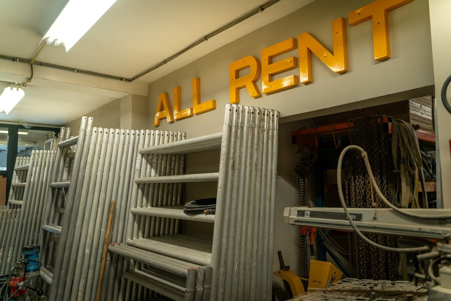 Stellingen bij All-Rent