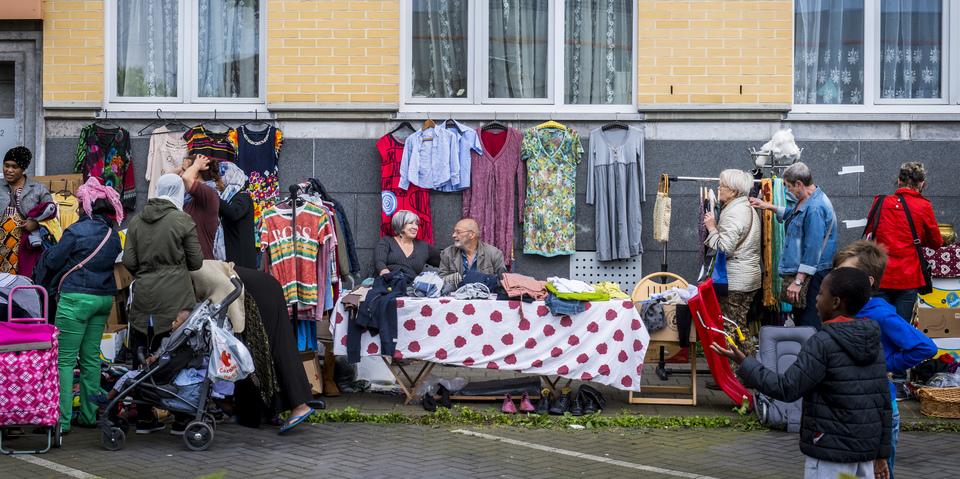 Rommelmarkt tijdens Feestweekend Luchtbal