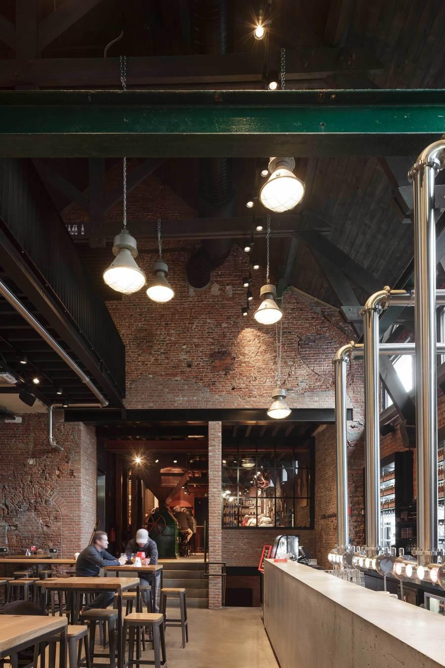 Na het brouwerijbezoek kom je terecht in de bar voor het belangrijkste gedeelte van de tour: proeven! Maar ook zonder een rondleiding op de  brouwerij, ben je hier meer dan welkom.