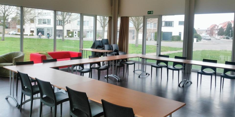 Zaal van Jeugd- en Ontmoetingscentrum Rozemaai.