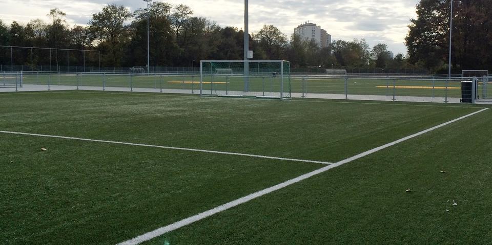 Duiveltjesveld op sportcentrum Wilrijkse Plein