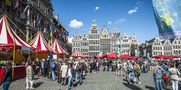 Bollekesfeest op de Grote Markt