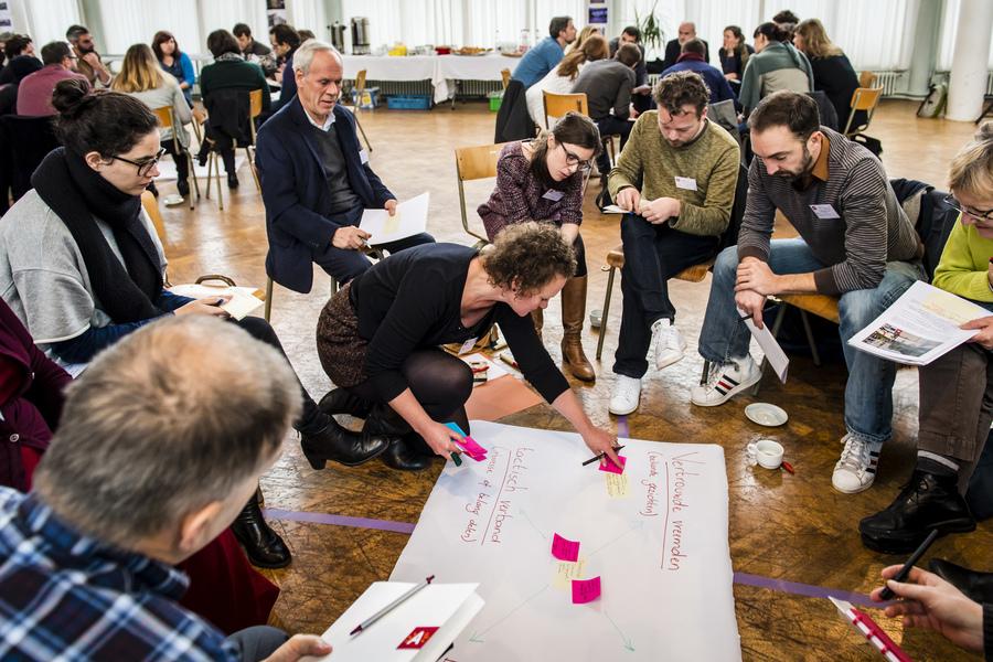 Sfeerbeeld van het stadsdebat rond levendige wijken in kader van het vernieuwingstraject voor het s-RSA.