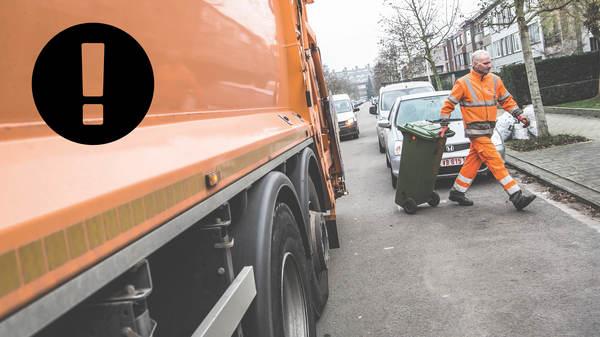 Man sleept vuilniscontainer weg