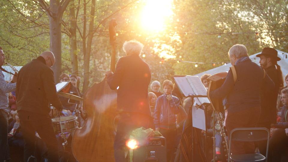 Sfeer tijdens de eerste editie van het festival 'Gebermte'