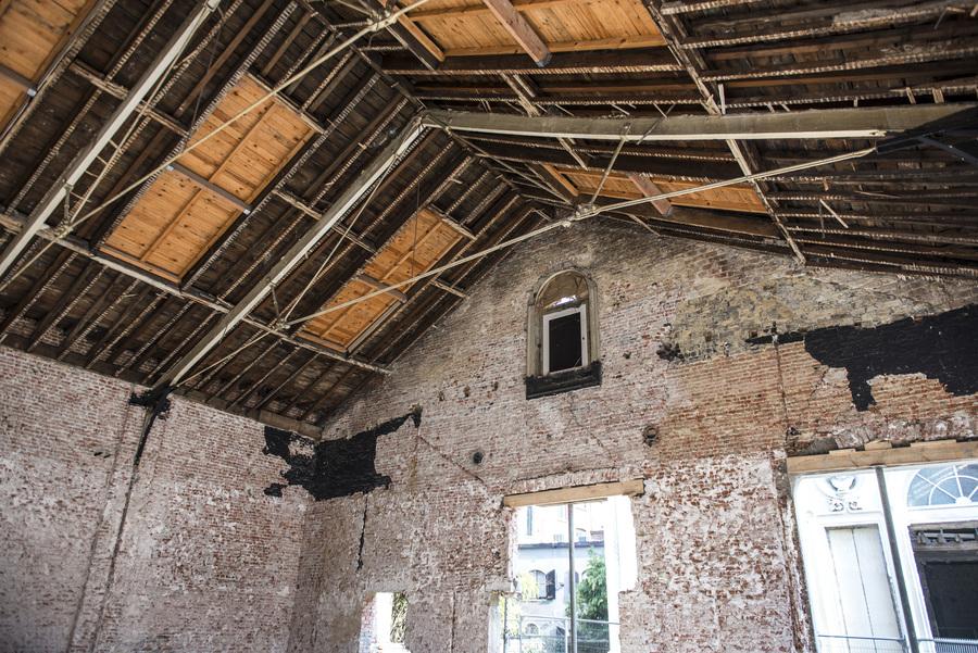 Naast de zaal Harmonie en de conciërgewoning wordt ook de oranjerie gerestaureerd