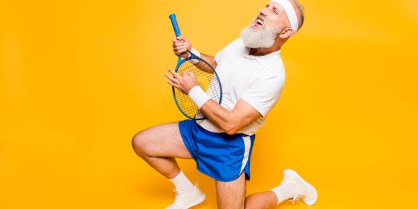 Coverbeeld van de week van de poëzie. Een man die gitaar speelt op een tennisracket.