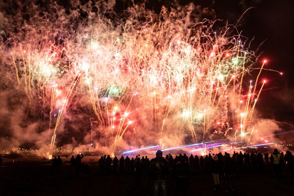 Vuur- en lichtspektakel voor 900 jaar Berendrecht en Zandvliet
