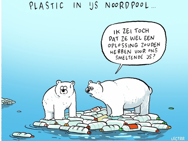 Cartoon van Lectrr van 2 ijsberen op een ijsschots van plastieken flessen.