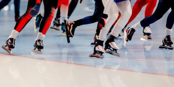 Zelfs snelschaatsen kan je in Wilrijk leren tijdens de Maand van de Sportclub