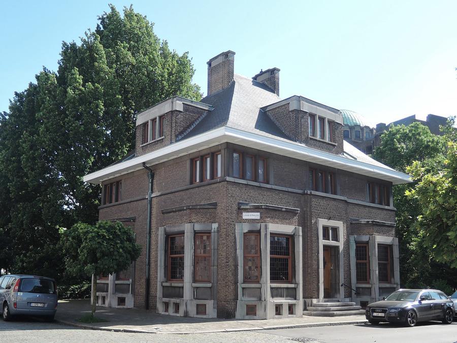 Ontwerp van de architect Jos Smolderen (Louis Strausstraat 1)