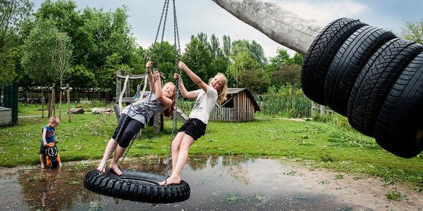 Kinderen spelen in recreatiedomein Distelhoek