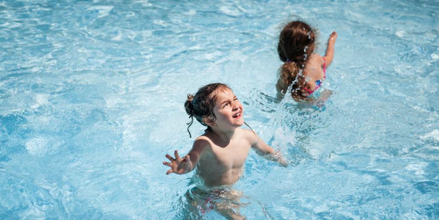 Kinderen in het water