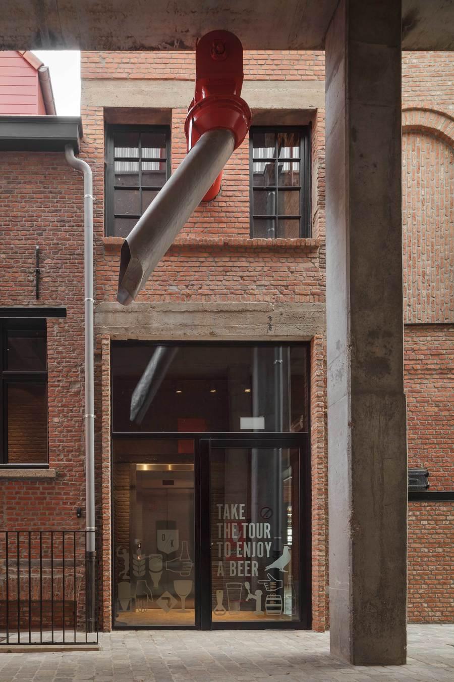 Het complex werd gerestaureerd met respect voor de bestaande erfgoedelementen.