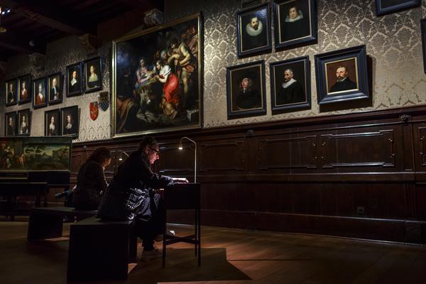 Het grote salon in Museum Plantin-Moretus