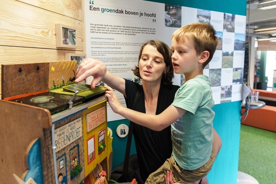 Spelenderwijs ontdek je de impact van toekomstgericht bouwen met water en groen