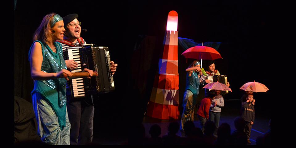 De personages Willi en Ireen zingen samen.