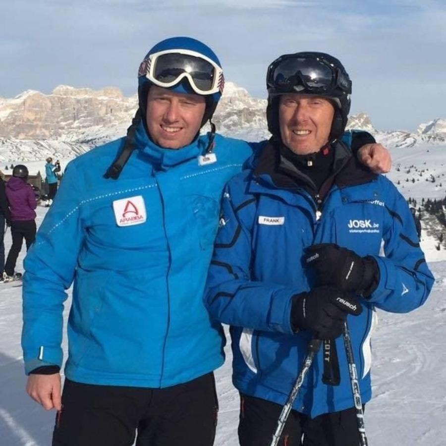 Kevin en Frank in een skigebied in Italië