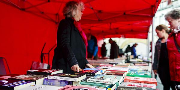 Strip- en boekenmarkt