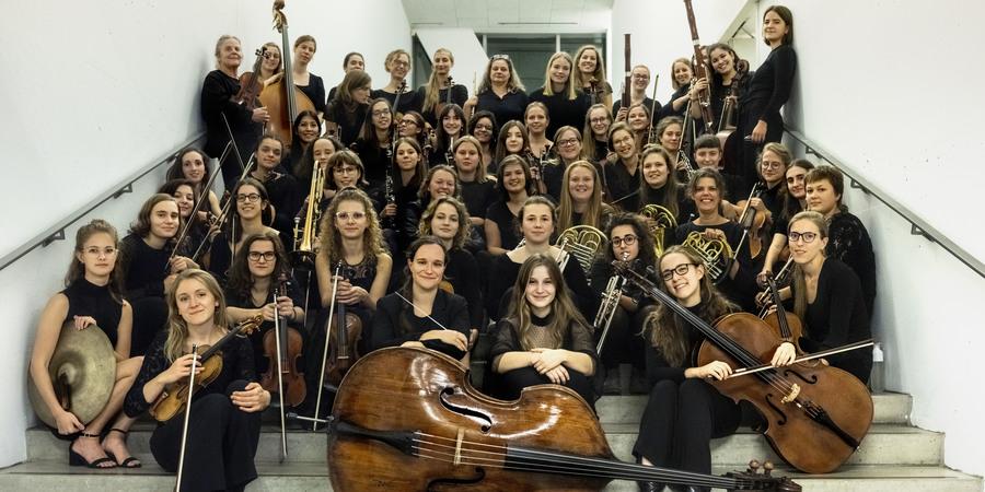 De muzikantes van The Virago Symphonic Orchestra