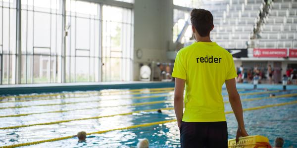 Redder in Antwerpse zwembaden