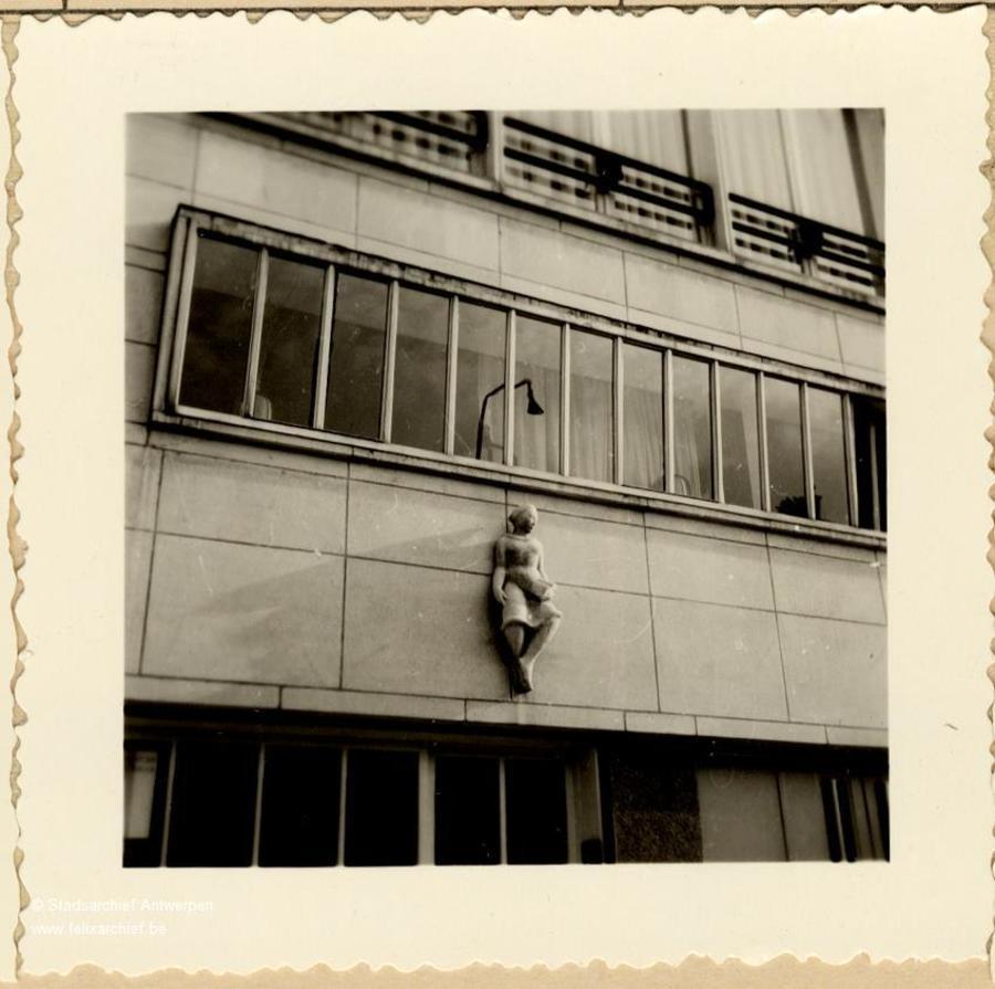 Woning door de architect Eduard Van Steenbergen (Camille Huysmanslaan 93)