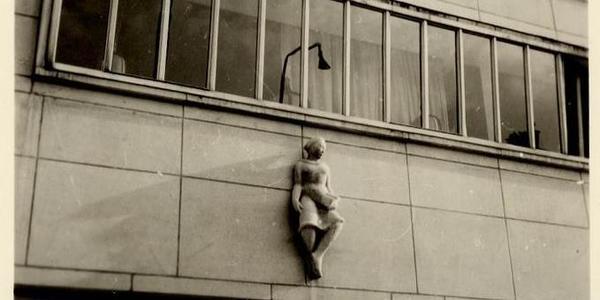 Interbellum en naoorlogse architectuur in de Tentoonstellingswijk geven geheimen prijs