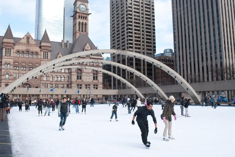 Nathan Phillips square - Toronto