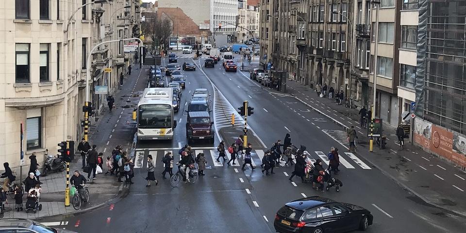 Zicht op de Plantin en Moretuslei ter hoogte van de Van Immerseelstraat