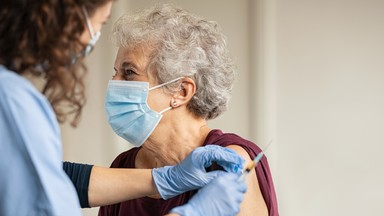 Derde vaccin voor thuiswonende 85-plussers in VacCovid op Spoor Oost
