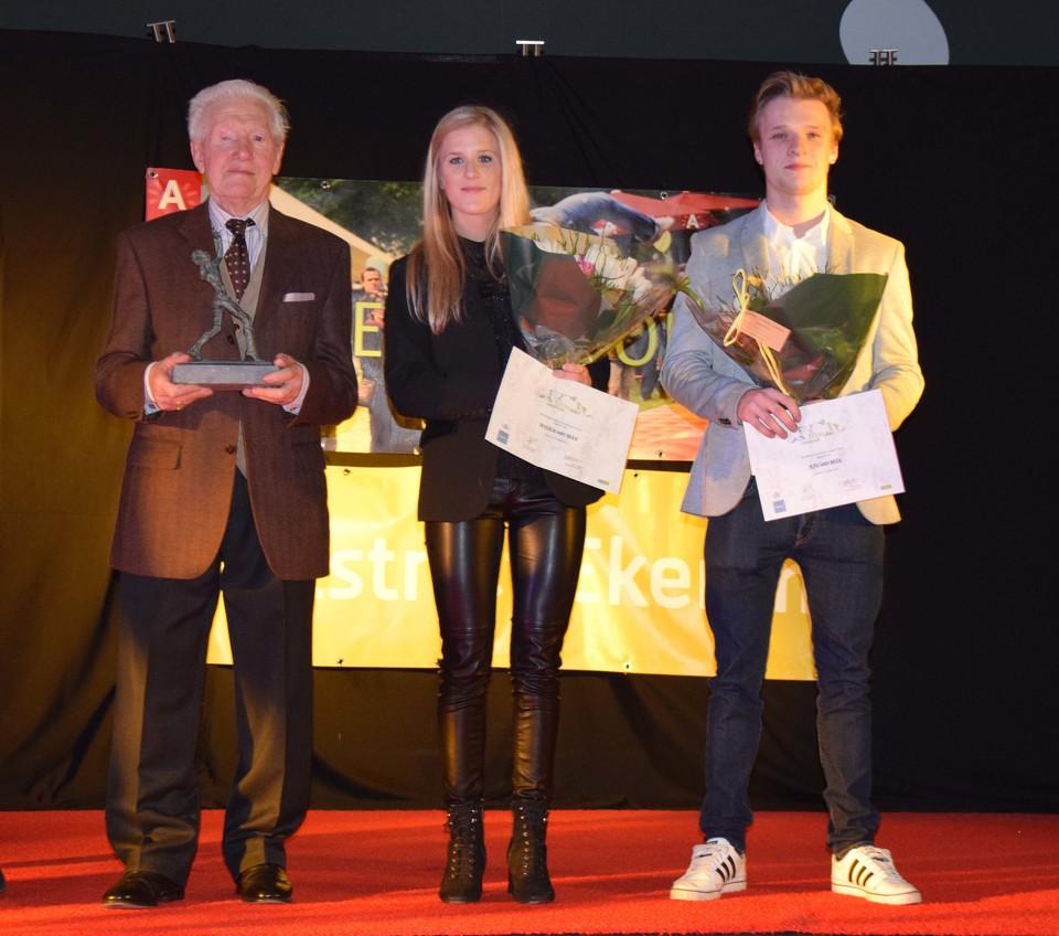 De 88-jarige Jef Janssens (links) met de andere kandidaten Jessica en Jens Van Beek.