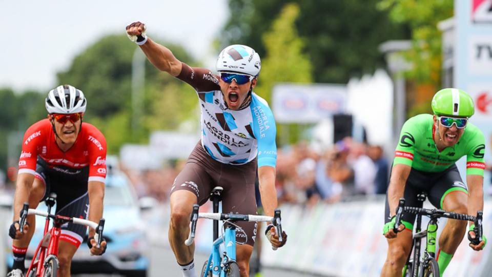 Oliver Naesen wint het BK wielrennen 2017 in Antwerpen