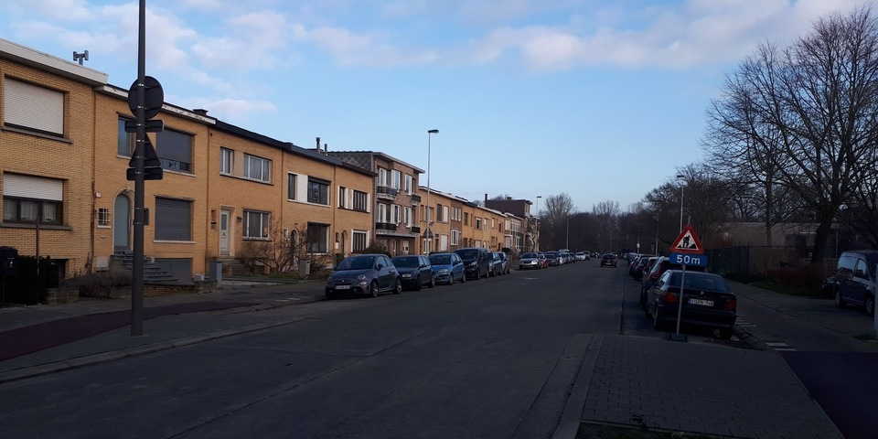 Schotensesteenweg, tussen Jozef van Poppelstraat en de Eugeen Fahylaan