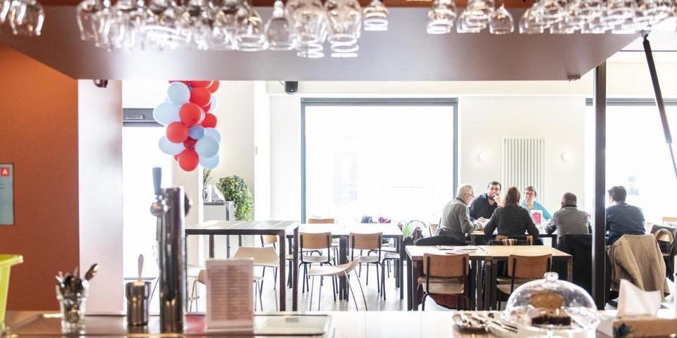 Café van Merksemdok