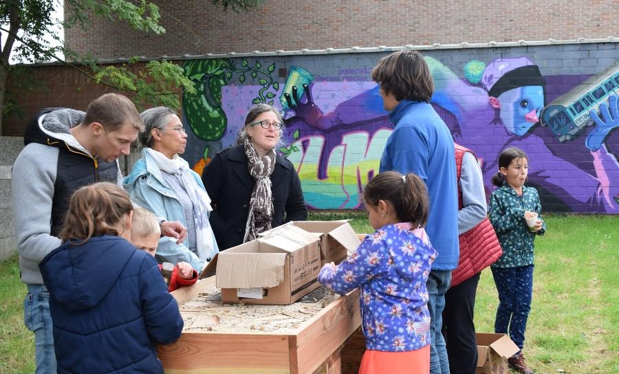 Wijkbudget Nieuwdreef - workshop bijenhotel