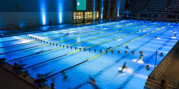 Sfeerzwemmen in zwemcentrum Wezenberg