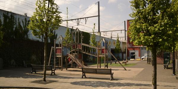 het sport- en speelterrein aan de Schelpstraat