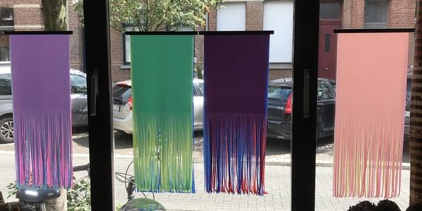 Kunstwerk van Ida Janssens aan haar gevelraam