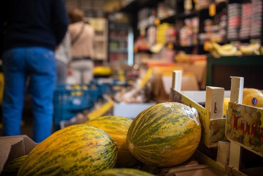Opgestapelde meloenen