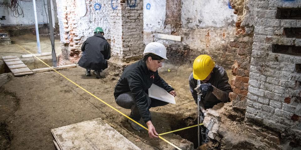 Archeologisch onderzoek in de kelders van het stadhuis van Antwerpen